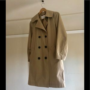 The Everlane Trench